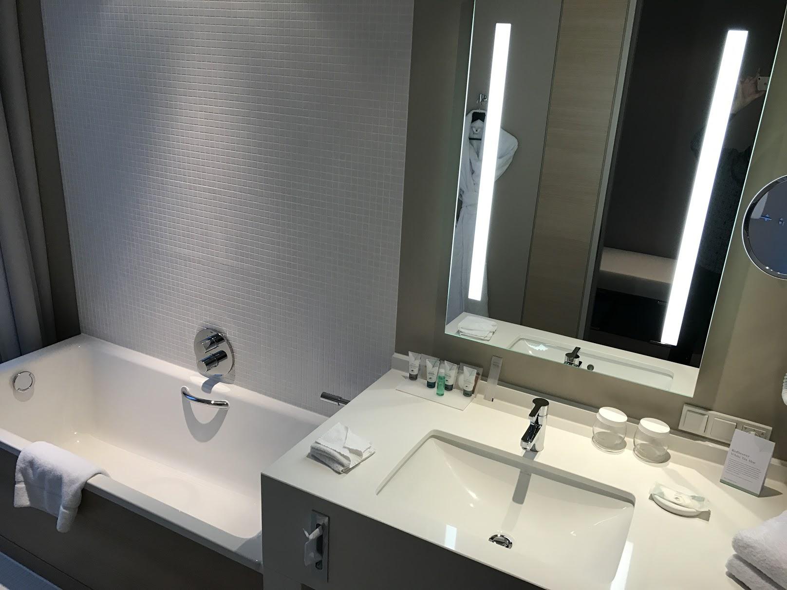 The Westin Hamburg Horizon Suite Badezimmer