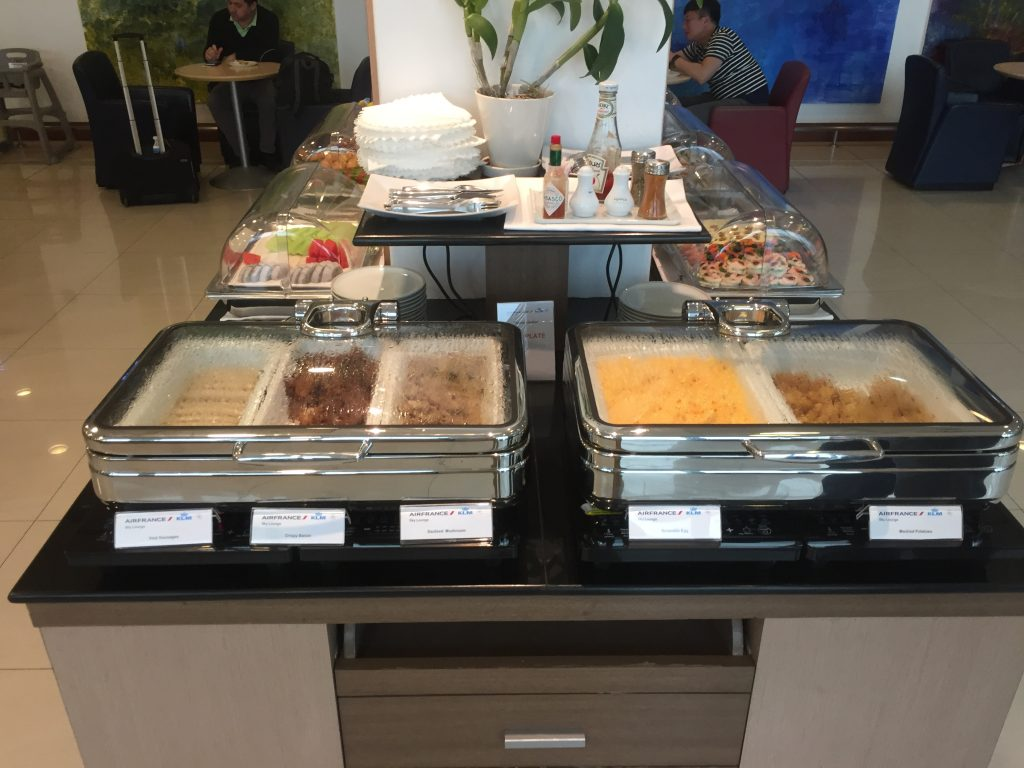 Air France Lounge Bangkok Warme Speisen