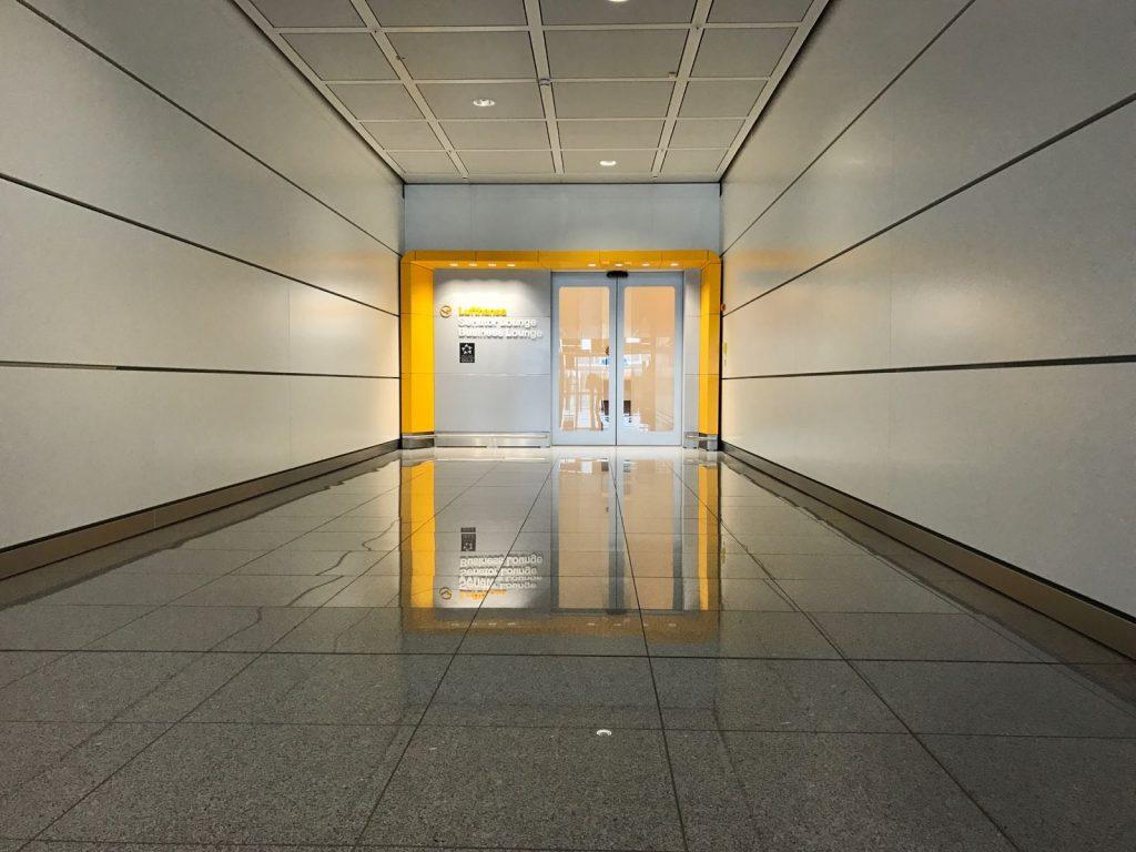 Lufthansa Senator Lounge München L Eingangsbereich