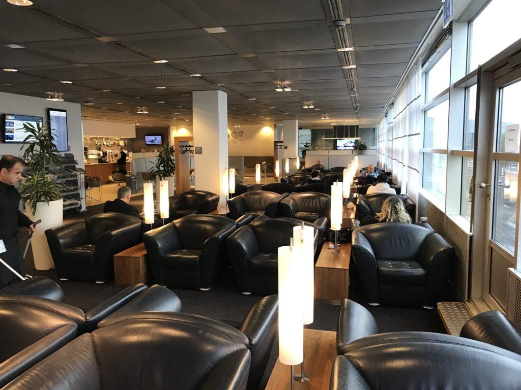 Lufthansa Senator Lounge Hamburg - Sitzbereich