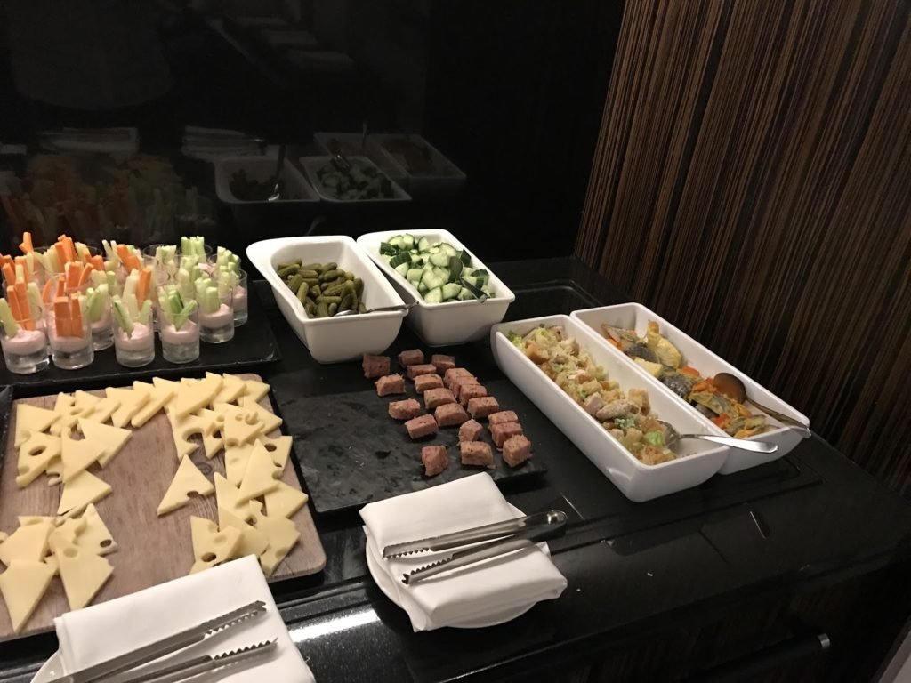 Sheraton Grand London Park Lane Club Lounge Snacks