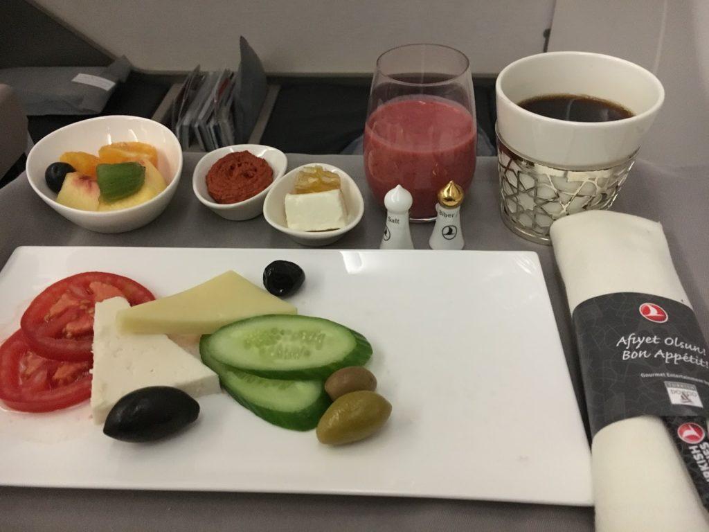 Turkish Airlines Business Class Frühstück