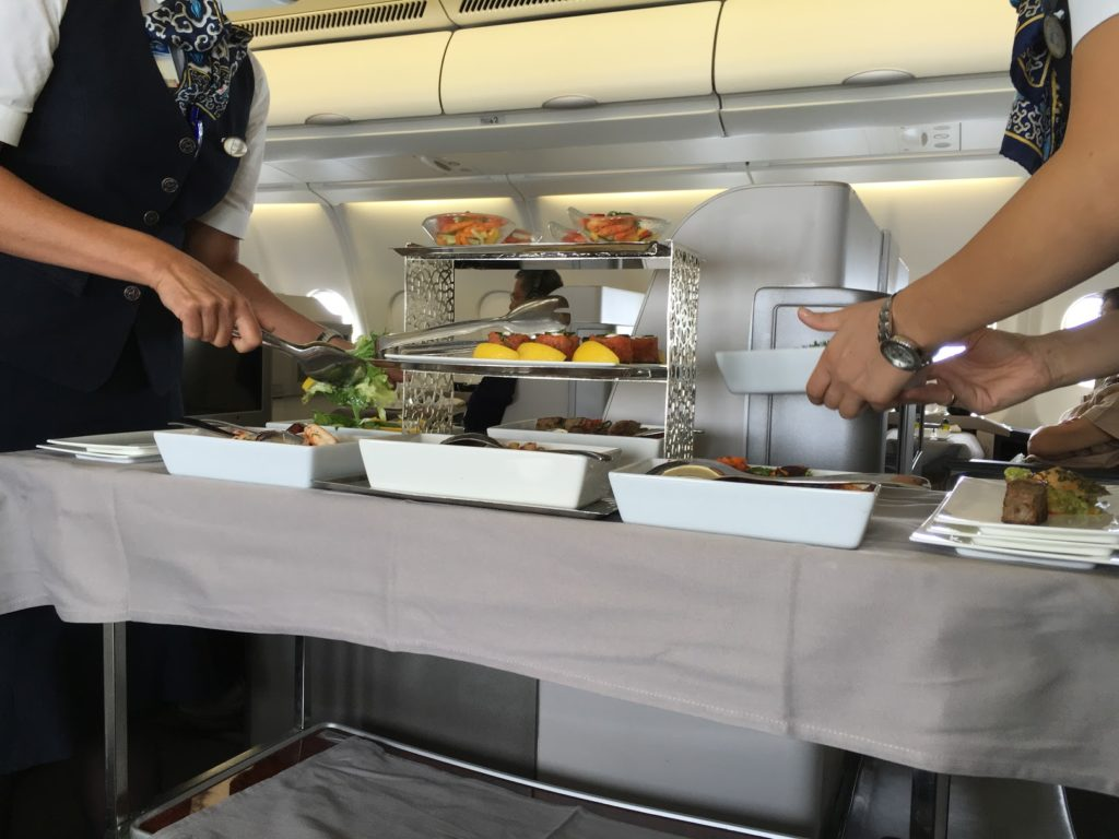 Turkish Airlines Business Class Vorspeisenwagen