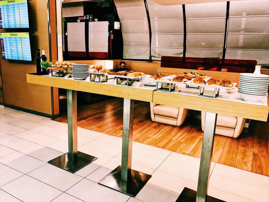 Casa Alitalia Lounge Rom Terminal 3 Buffet