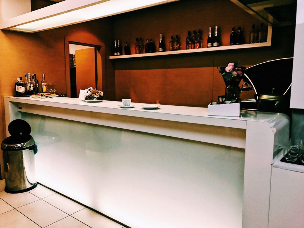 Casa Alitalia Lounge Rome Terminal 3 Bar