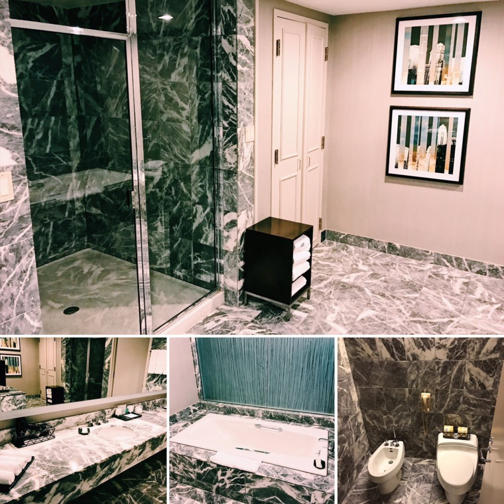 The Westin Chicago River North Presidential Suite Badezimmer