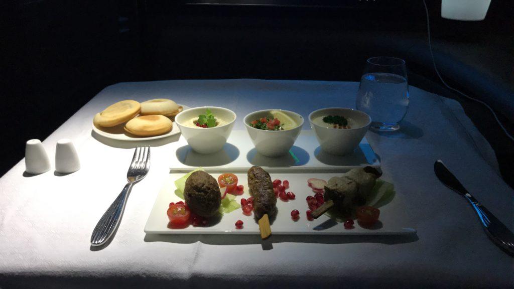 Qatar Airways First Class Essen