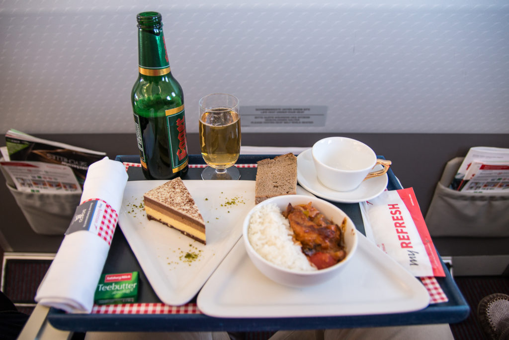 Mittagessen in der Austrian Airlines Business Class