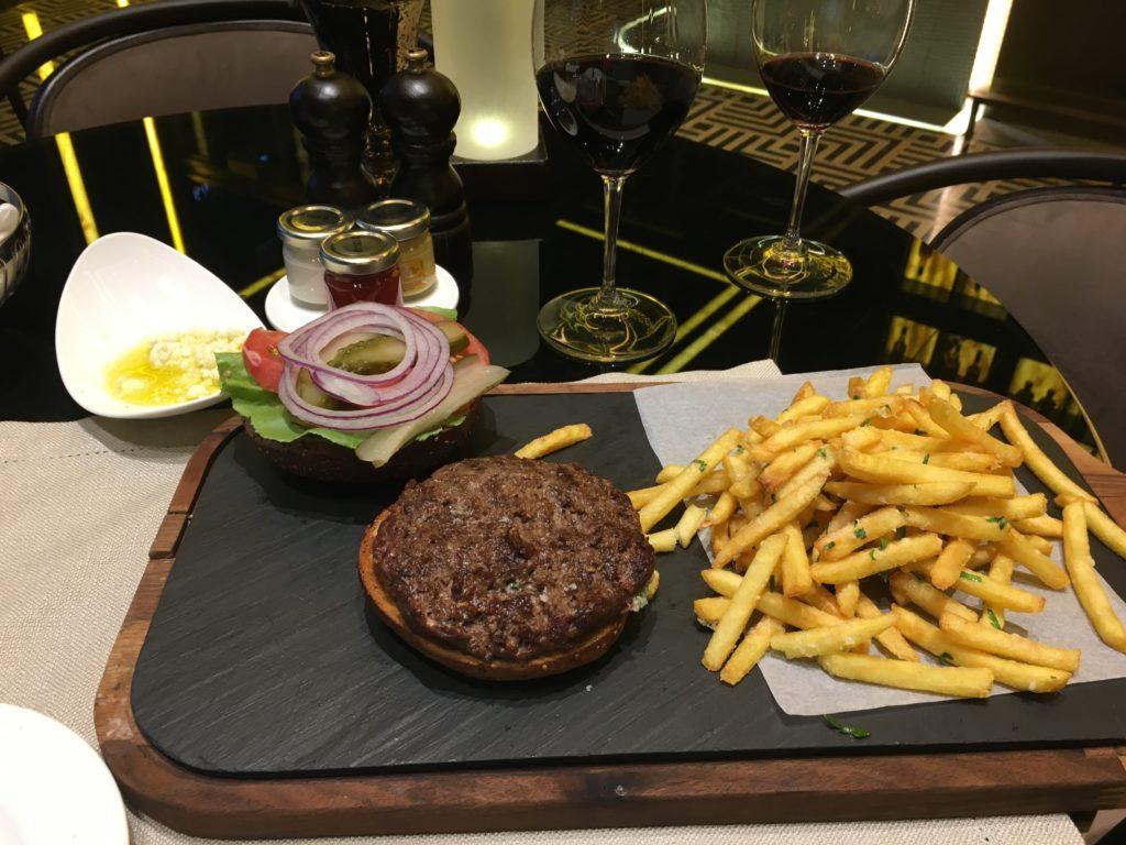 St. Regis Istanbul Burger