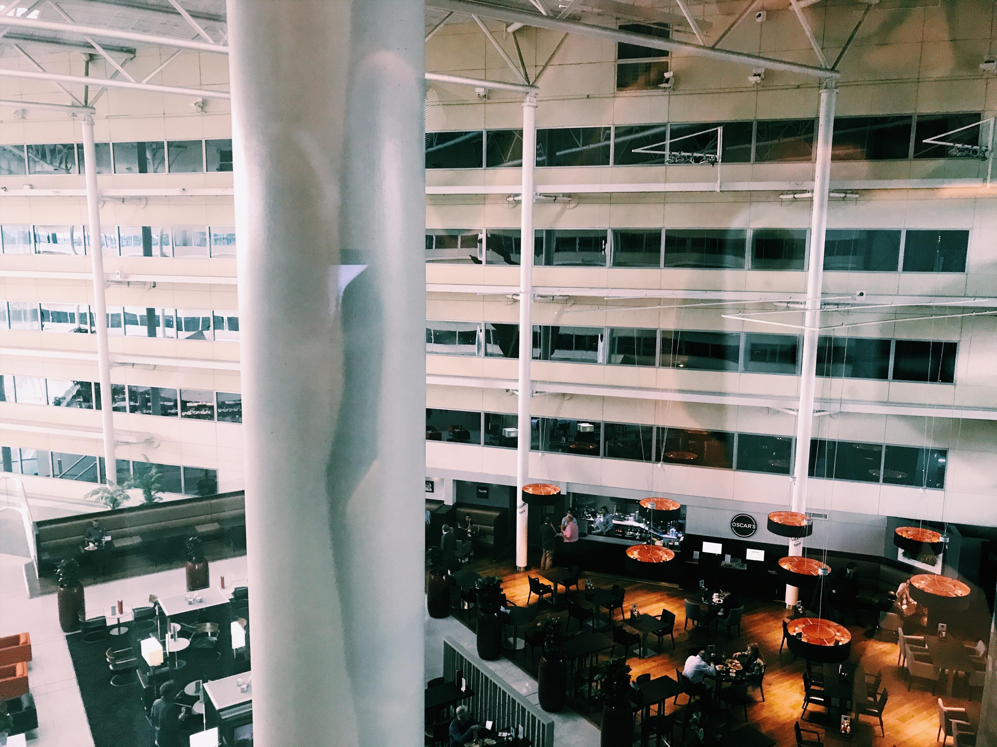Hilton London Heathrow Terminal 4 Atrium