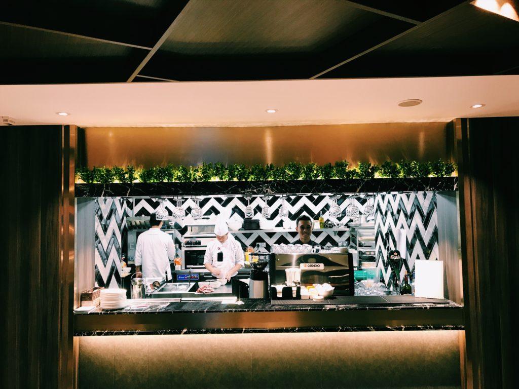 Plaza Premium First Lounge Kuala Lumpur Küche