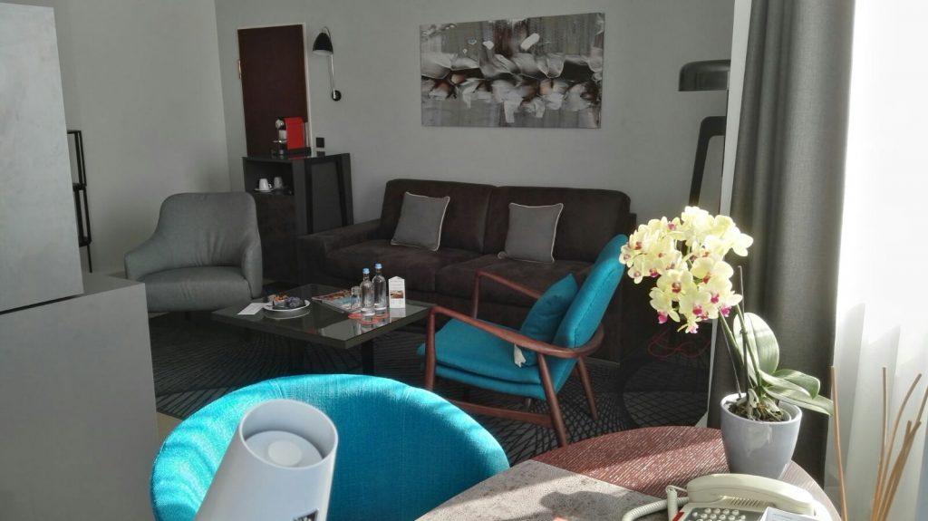 Le Méridien Stuttgart Junior Suite Wohnzimmer
