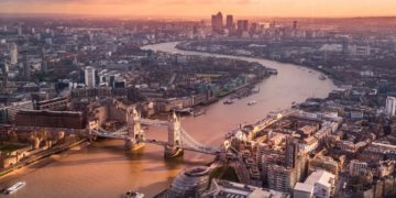 Frequent Traveler University London