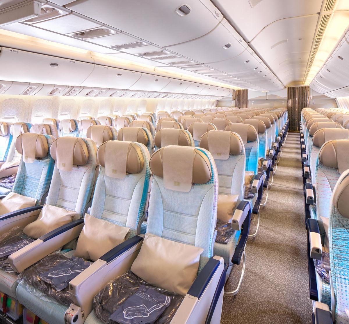 Emirates Boeing 777 200lr Economy Class 1 Insideflyer De