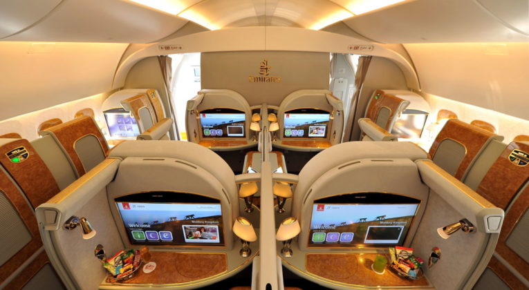 Emirates First Class günstig fliegen