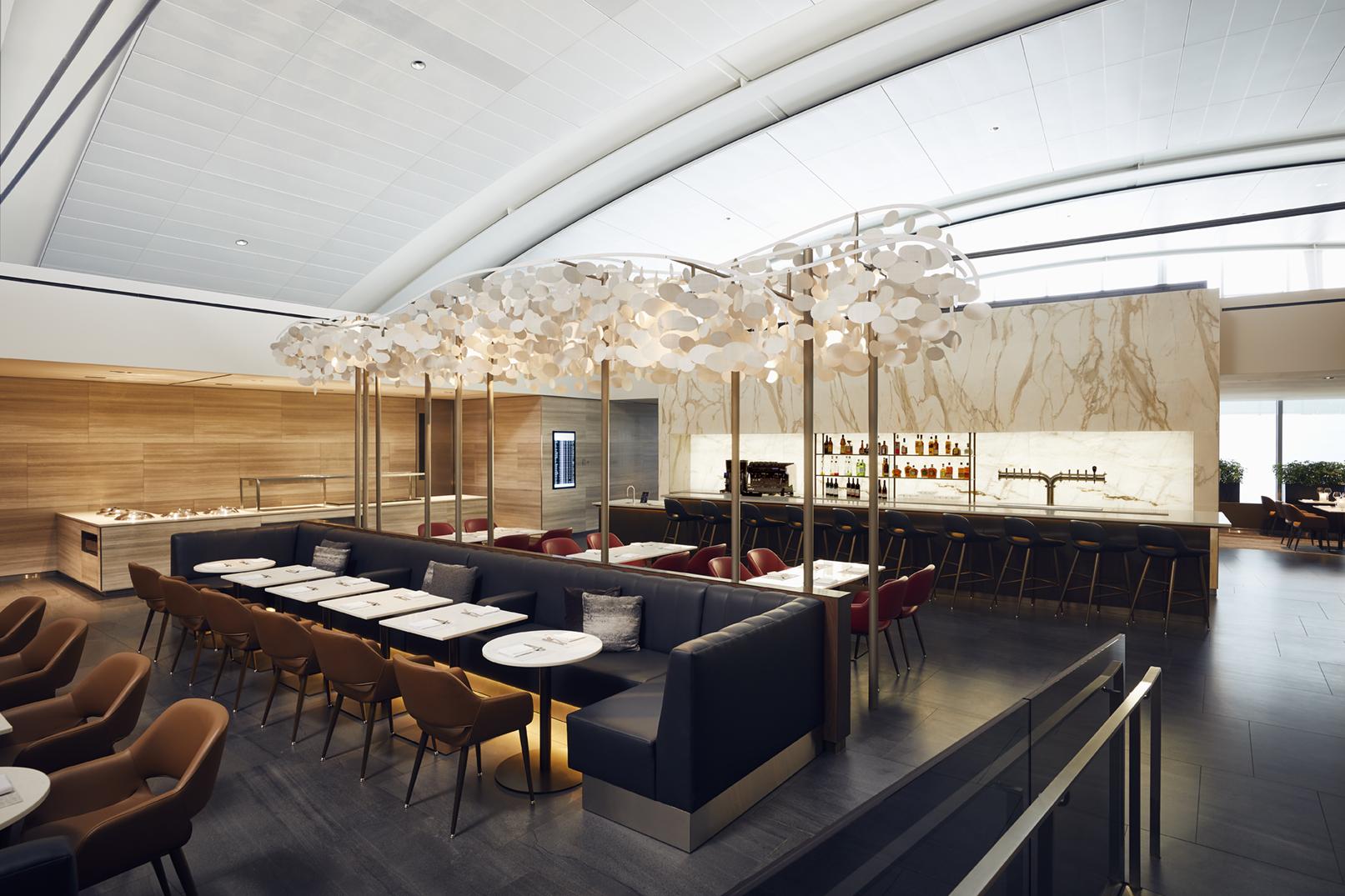 Air Canada Signature Business Class Lounge