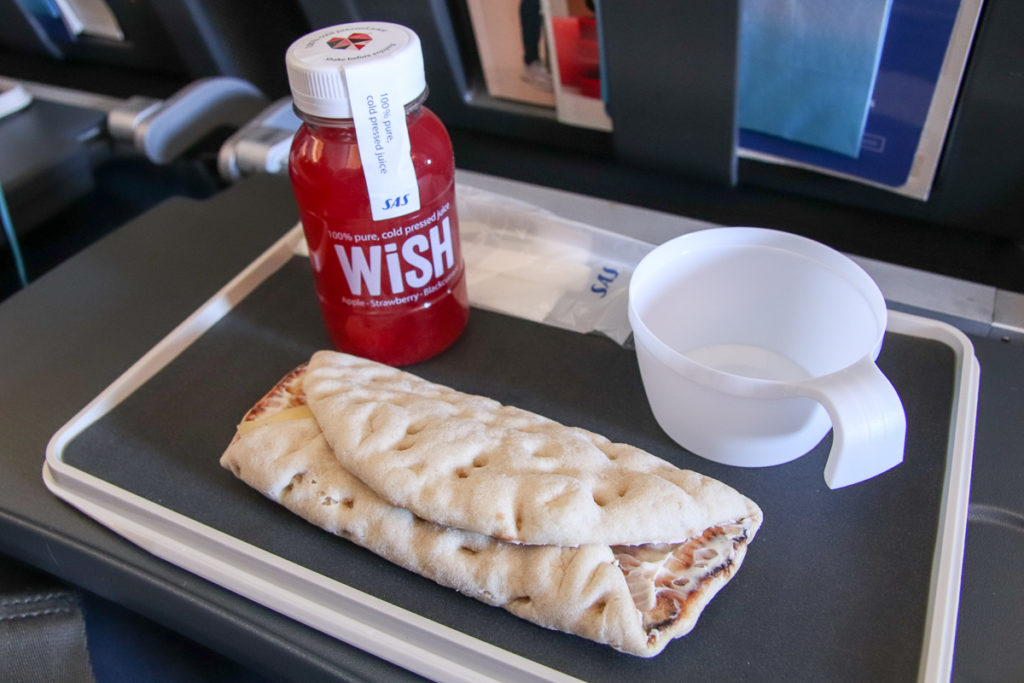 Snack in der SAS EconomyClass