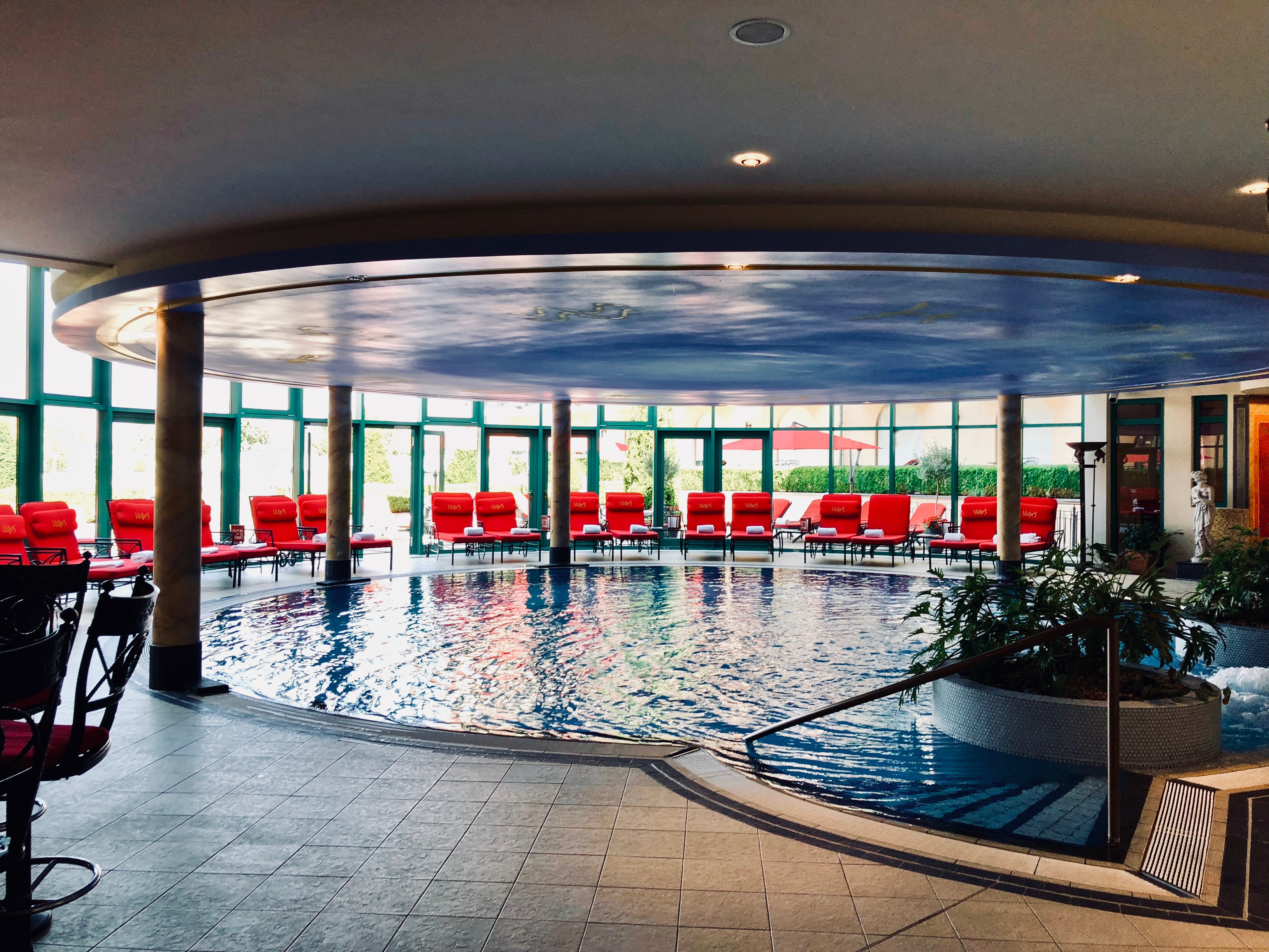 Victor's Residenz-Hotel Schloss Berg Pool