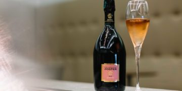 Neuer British Airways Champagner