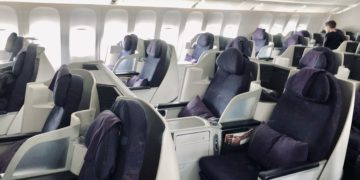 Air China Business Class Review Boeing 777 Kabine