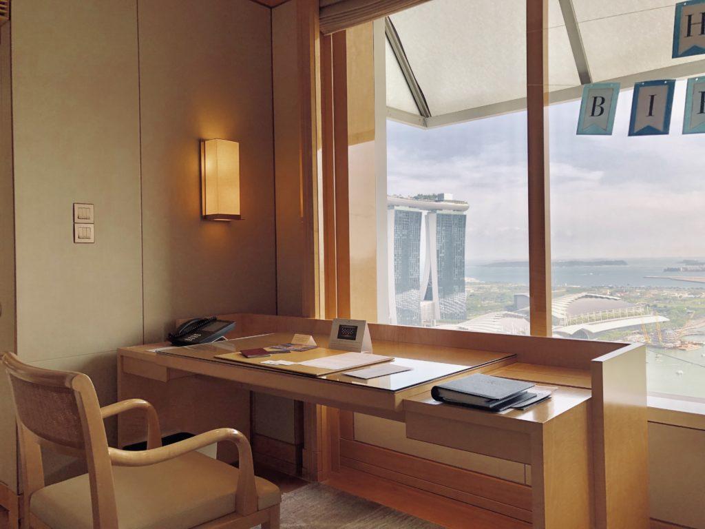 The Ritz-Carlton Millenia Singapore Club Deluxe Room