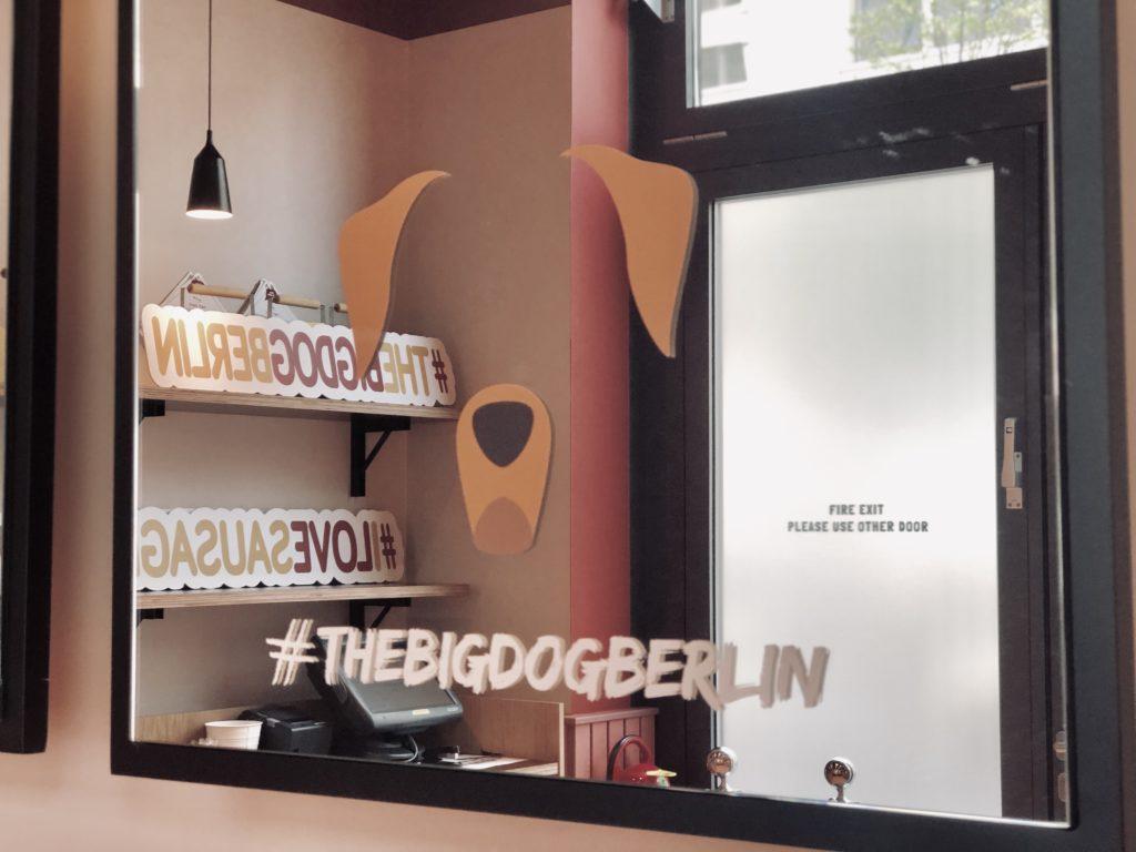 Berlin Marriott Hotel The Big Dog
