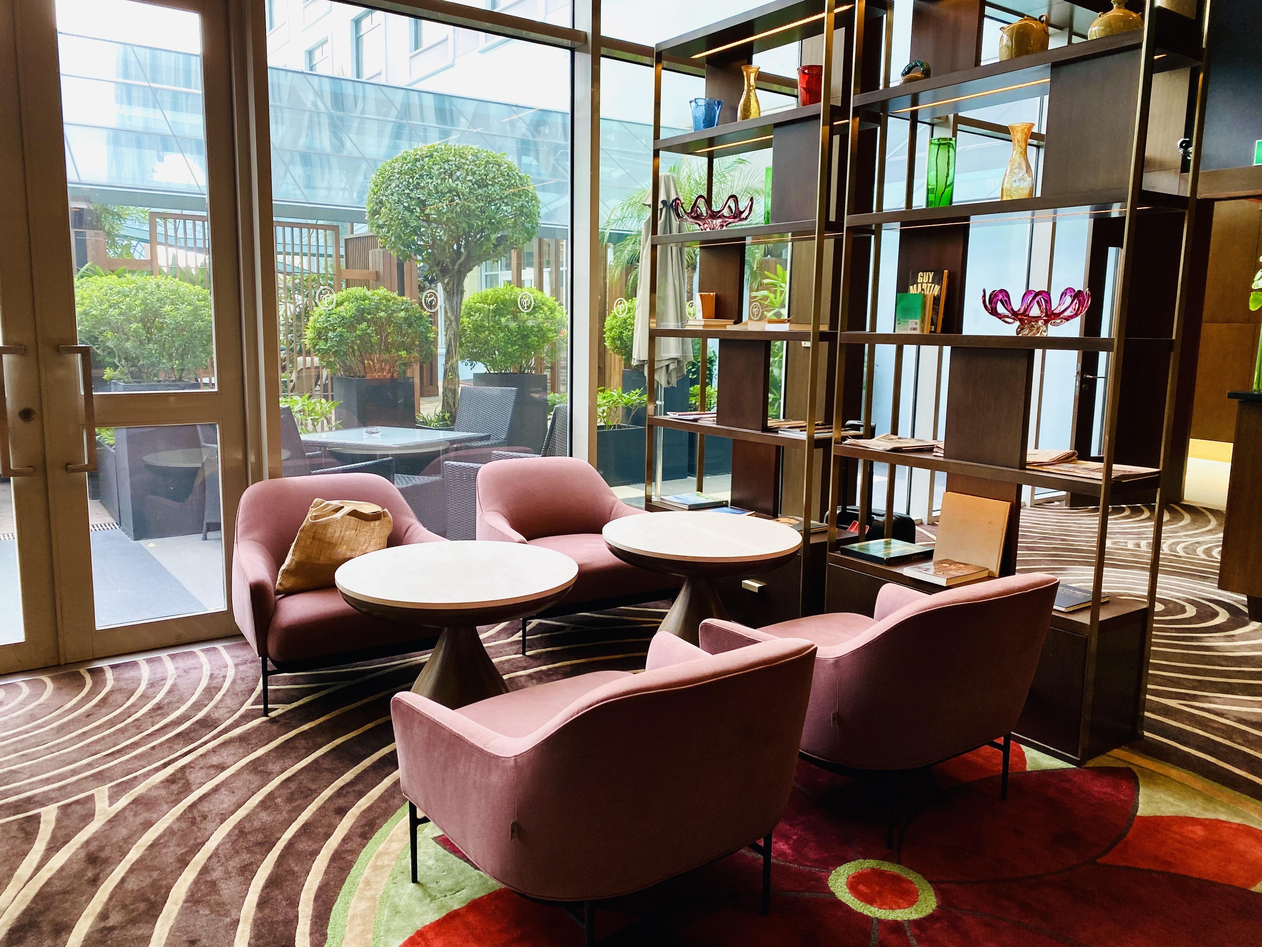 Club lounge at the Sheraton Saigon Hotel & Towers