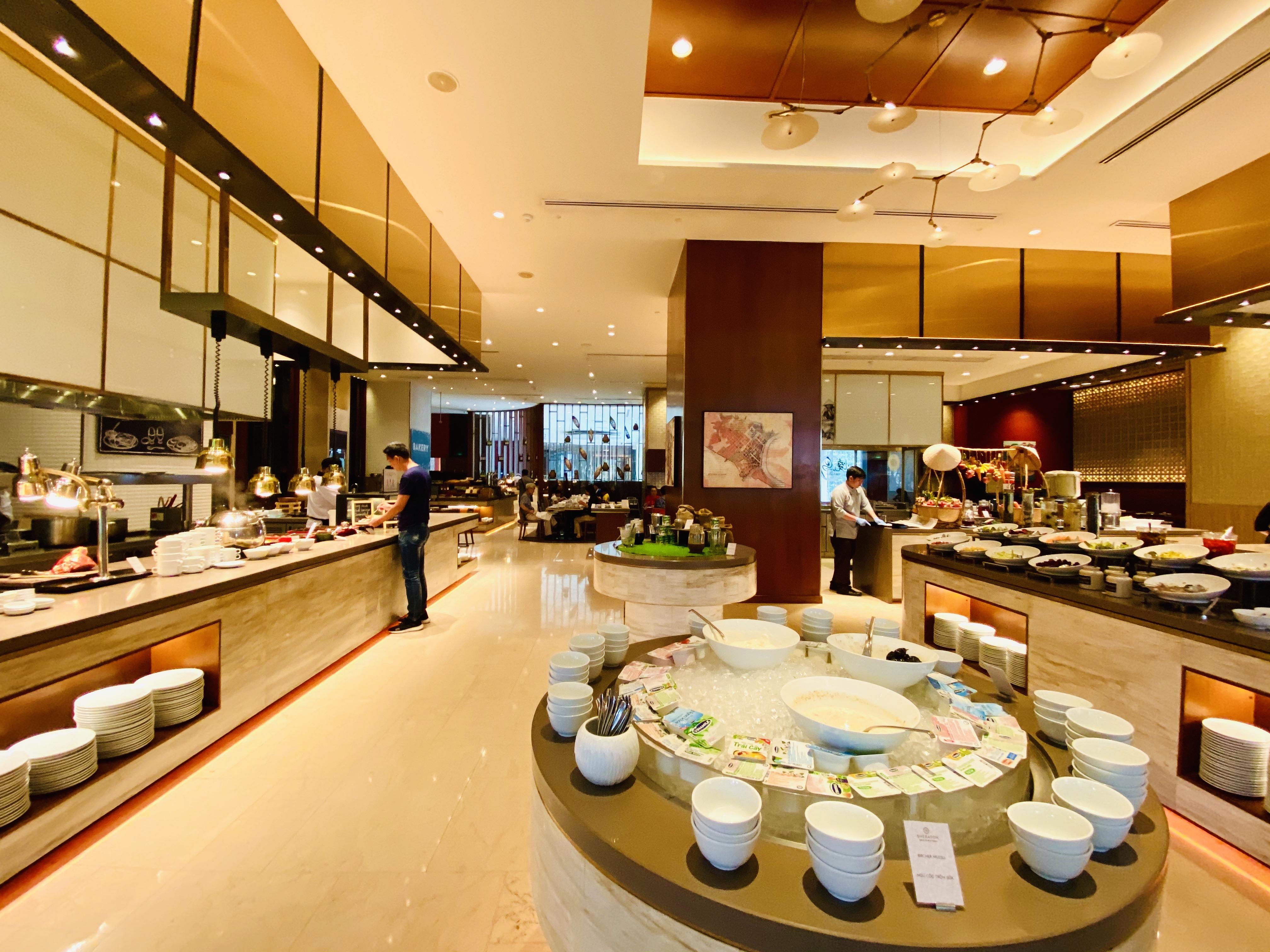 Sheraton Saigon Hotel & Towers breakfast