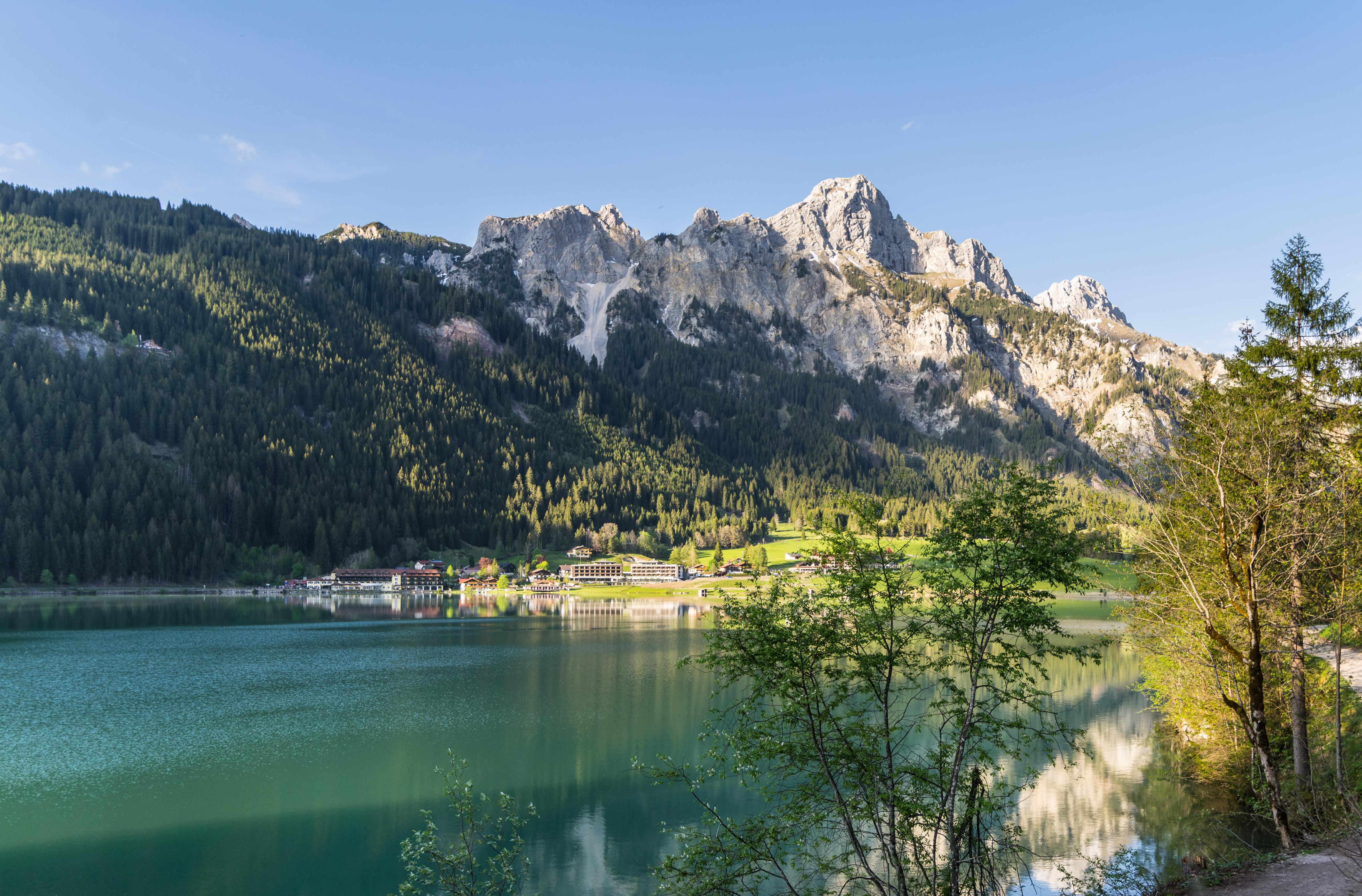 Hotels am See Das Haldensee