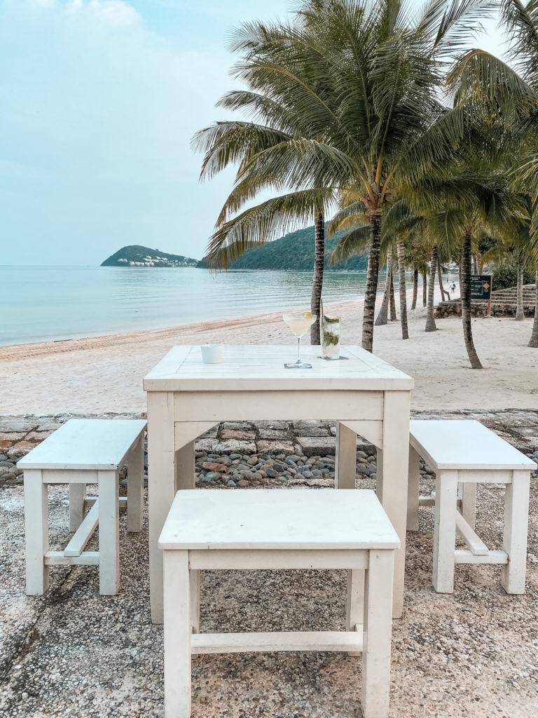 JW Marriott Phu Quoc Emerald Bay Resort Department of Chemistry