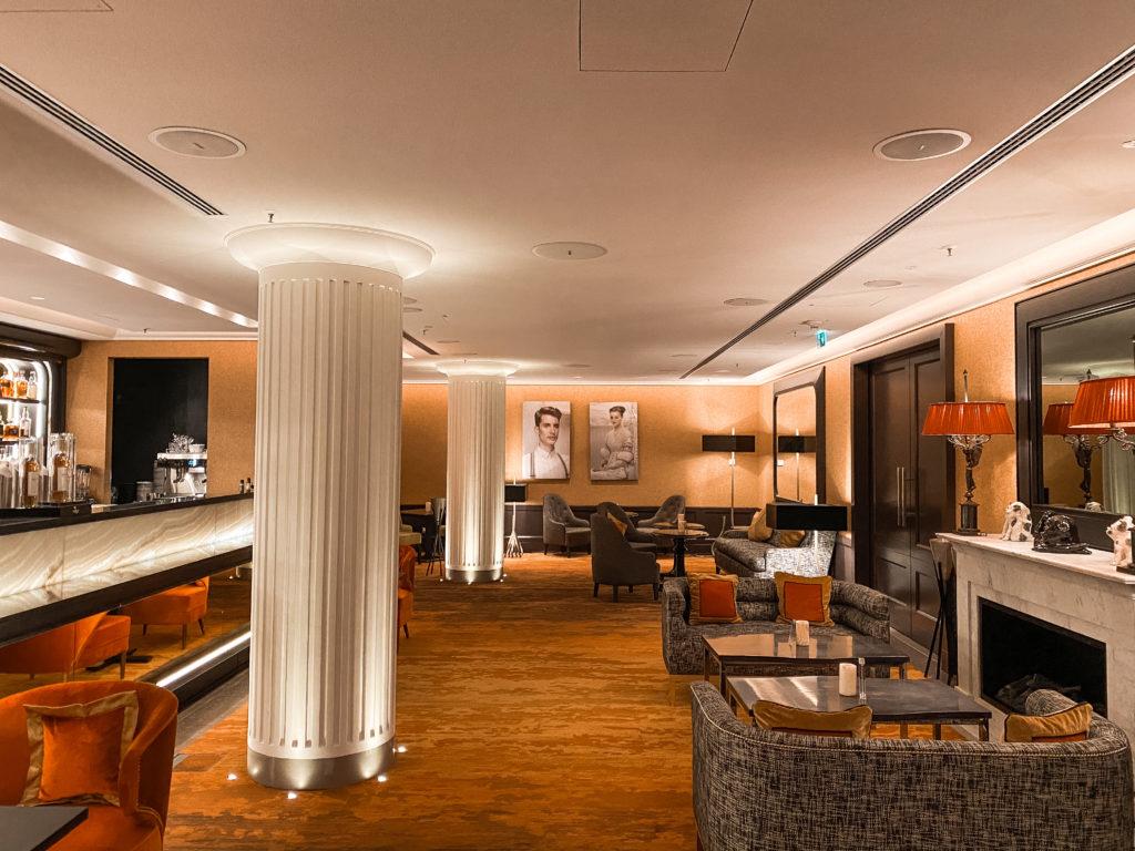 Sofitel Frankfurt Opera Lillis Bar